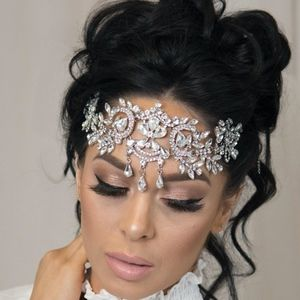 NEW Bridal Tiara Silver Sparkly Crystal Crown